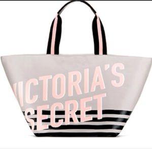 Victoria's Secret Weekender bag large NWT
